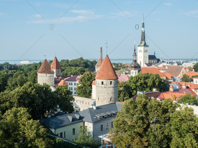 View of the the Old Town, UNESCO World Heritage Site, from the Toompea (Upper Town) wall, Tallinn, Estonia, Baltics, Europe