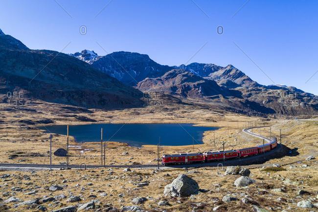 Railway line at the Bernina Pass, Black Lake (Lago Nero), Engadine, Graub�nden, Switzerland
