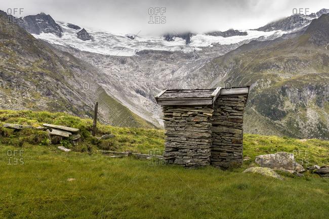 Austria, Tyrol, Mayrhofen, Zillertal (valley), surrounding of the Berliner H�tte (alpine hut) in the Zillertal Alps