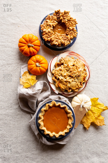 Gluten Free Pumpkin Pie with Leaf Cutouts.