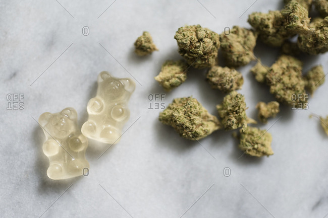 Marijuana and gummy bear edibles