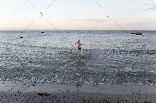 36bef3cee2e36 bikini girls stock photos - OFFSET