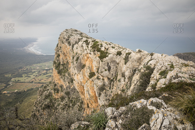 Bec de Ferrutx (523m, according to other sources 528m), Western head of the Puig de Ferrutx, behind the bay of Alcudia, Mallorca, Spain