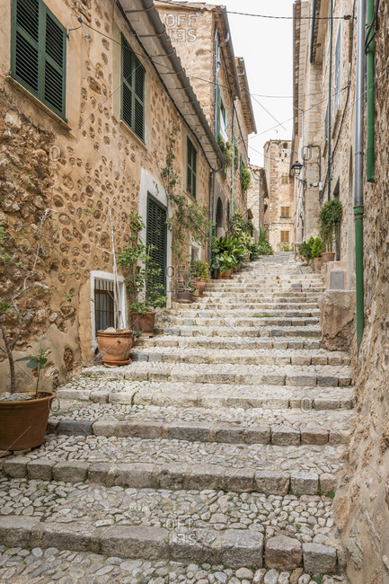 Alley in Fornalutx, Mallorca, Balearic Islands, Spain