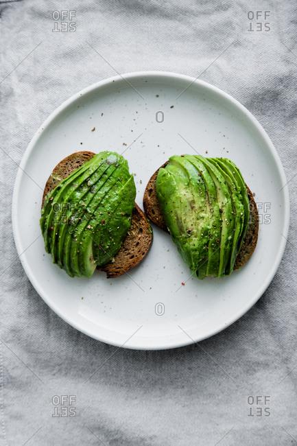 Avocado sandwich on toasted rye bread