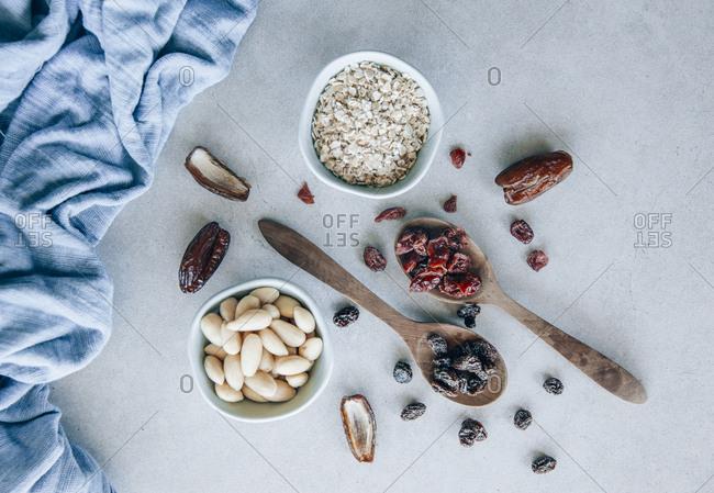Fruit bar- almonds- raisins- cranberries- oat flakes and dates