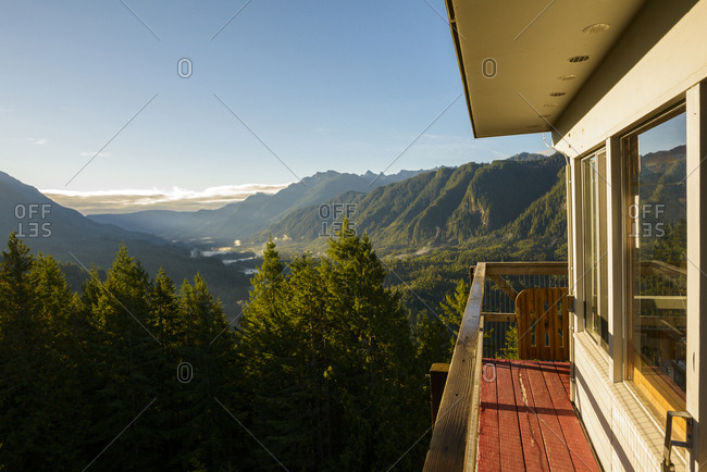 Heybrook lookout against mountains during sunny day