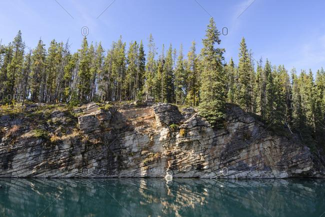 Horseshoe Lake, geological, geology, structure, lake, slope, colorful, turquoise, water
