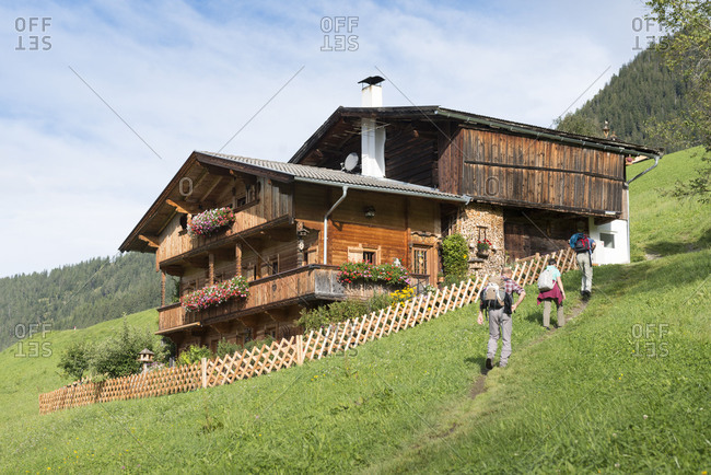Austria, Tyrol, Alpbach valley, Alpbach, farmhouse above Alpbach.