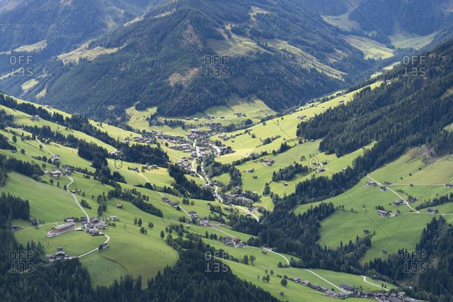 Austria, Tyrol, Alpbach valley, view to Inneralpbach.