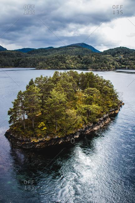 Norway, More og Romsdal, Skodke, islands in the fjord