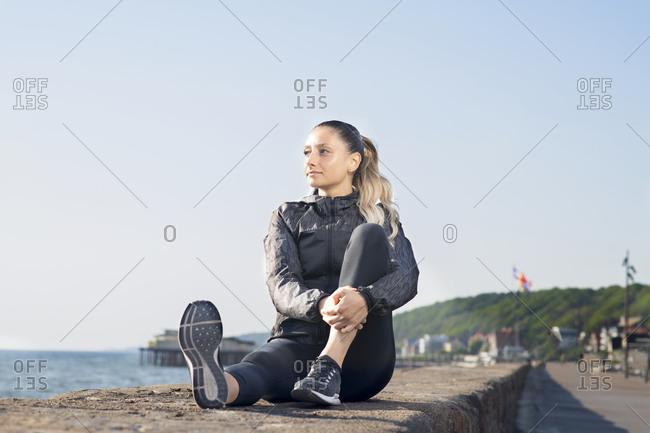Knees Up Stock Photos Offset