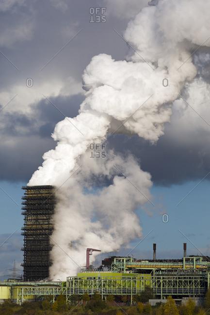 Germany- North Rhine-Westphalia- Duisburg- Walsum power plant- cooling tower