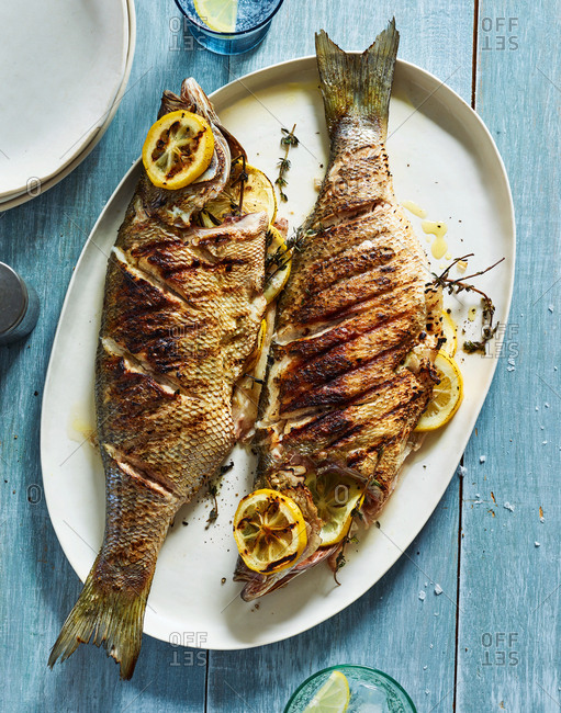 Snapper fish with lemon