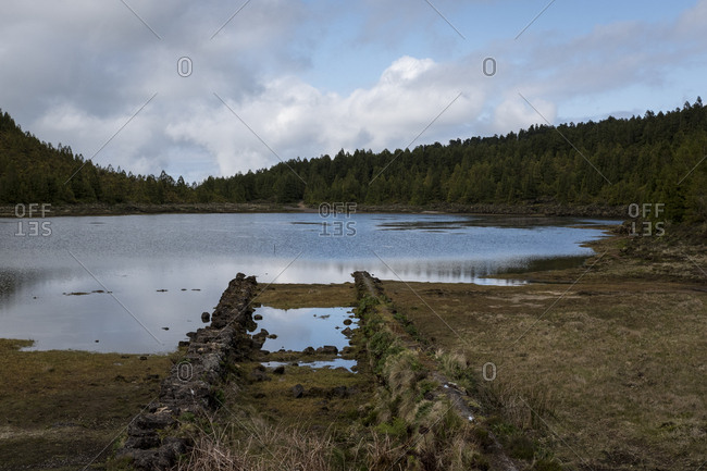 A lagoon between the hills of Serra Devassa