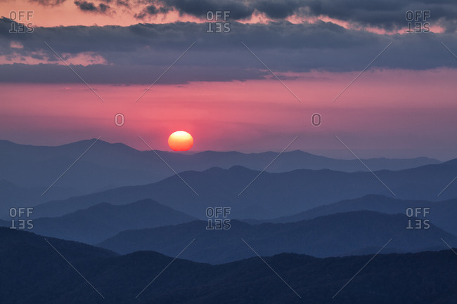 USA, North Carolina, Great Smoky Mountains National Park. Autumn sunset from Clingmans Dome
