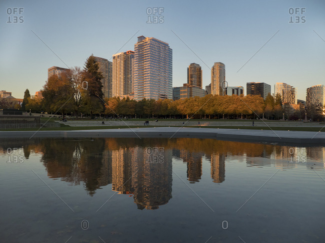 USA, Washington State, Bellevue. Downtown Park and skyline.