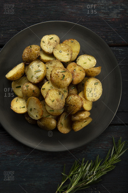 Roasted potatoes seasoned with rosemary