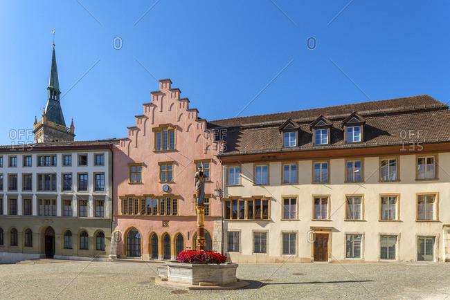 Justice fountain on Burgplatz with City Theater, Biel, Bern, Switzerland