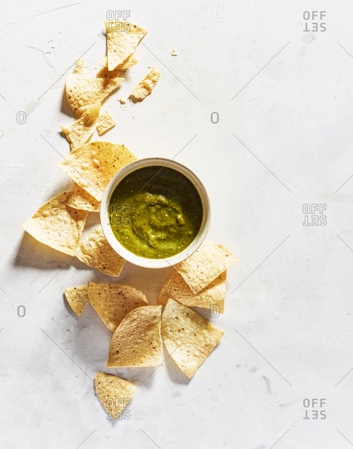 Chips and salsa Verde