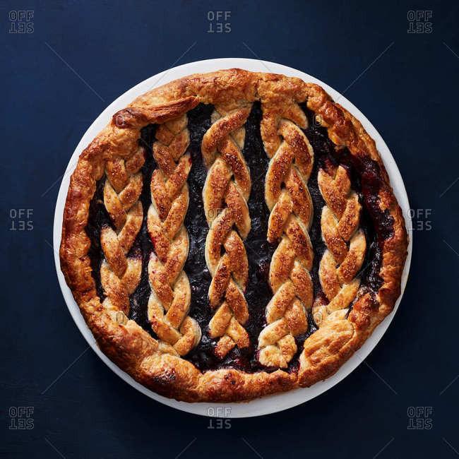 Blueberry braid pie