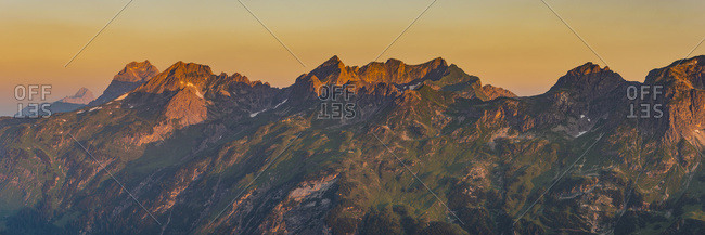 Germany- Bavaria- Allgaeu- Allgaeu Alps- Fiderescharte- Schafalpenkoepfe- Great Widderstein at sunrise