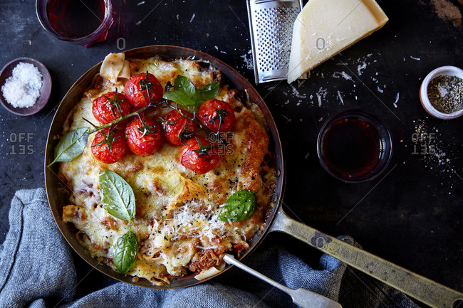 Skillet ragu with vine tomato and red wine and parmesan