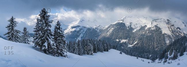 Morzine Ski Area, snowy winter mountain landscape, Port du Soleil, Auvergne Rhone Alpes, French Alps, France, Europe