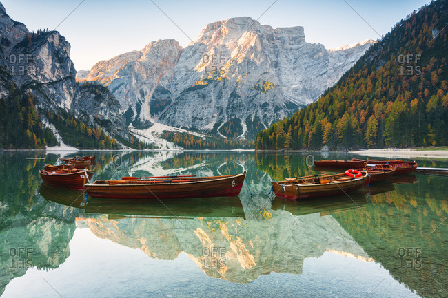 Alpine lake of Braies (Pragser Wildsee) in Trentino Alto Adige-South Tyrol, at dawn, Bolzano province, Dolomites, Italy, Europe