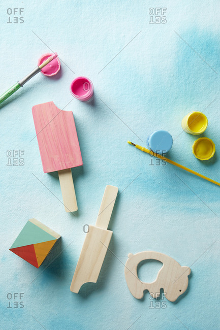 kids crafts with paint and wood