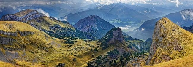 Panorama from Hochiss peak in the Rofan Mountains with Dalfazer W�nde, Adlerhorst and Inn Valley, Rofan Mountains, Achensee, Tyrol, Austria, Europe
