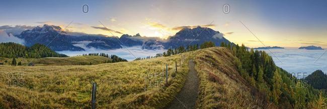 Mountain panorama Berchtesgardener Alps with Watzmann east wall at sunset, viewpoint Feuerpalfen, Berchdesgarden National Park, Sch�nau am K�nigssee, Berchtesgaden, Bavaria, Germany, Europe