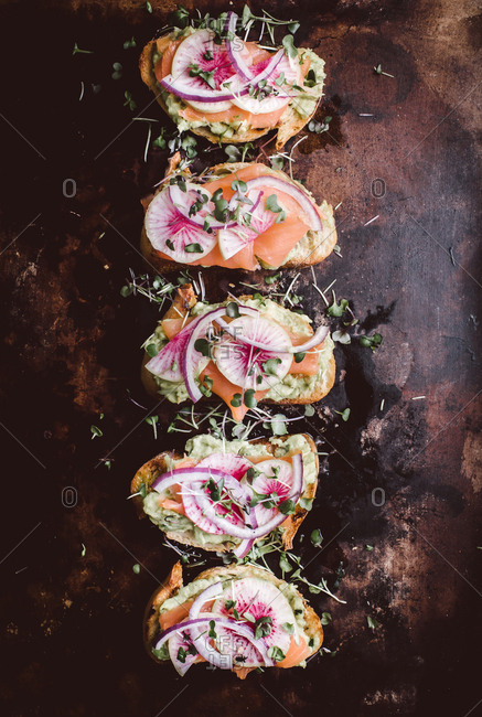 Avocado toast with salmon - Offset