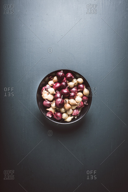 Pearl onions in a bowl