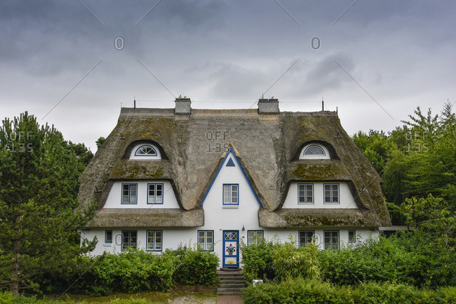 Germany- Zingst- thatched-roof house