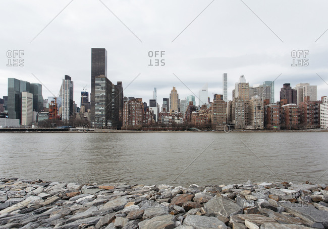 Manhattan skyline view from Roosevelt Island and east river