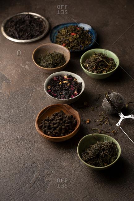 Tea set in bowls