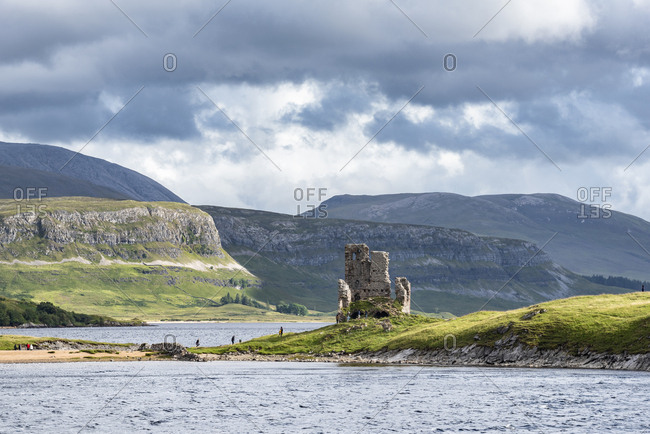 United Kingdom- Scotland- Scottish Highland- Sutherland- Ardvreck Castle and Loch Assynt