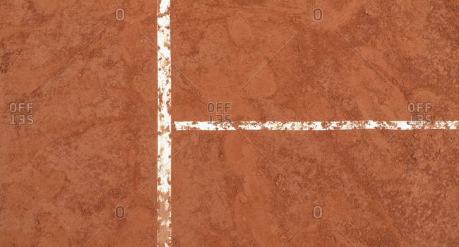 Overhead view of lines on a tennis court