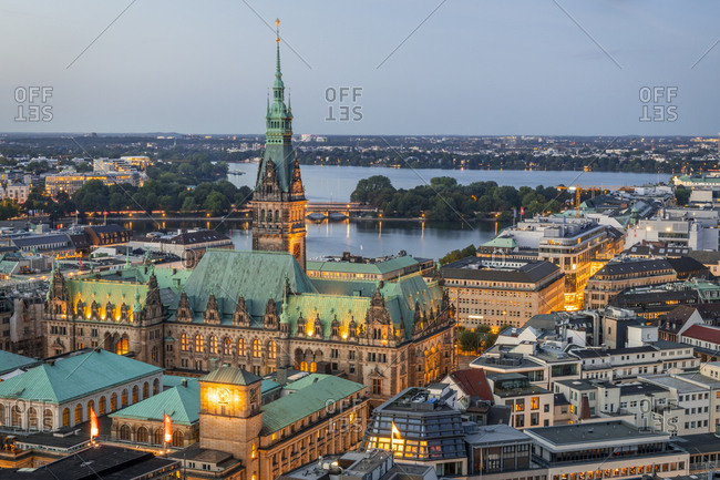 September 13, 2018: Germany- Hamburg- Hamburg city hall and Alster Lakes