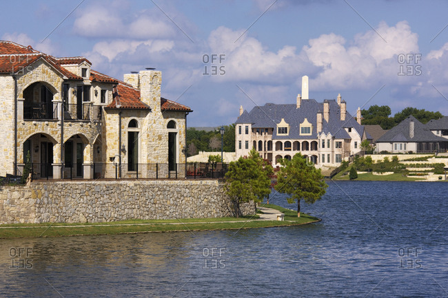 Lakeside Luxury Homes - Offset Collection