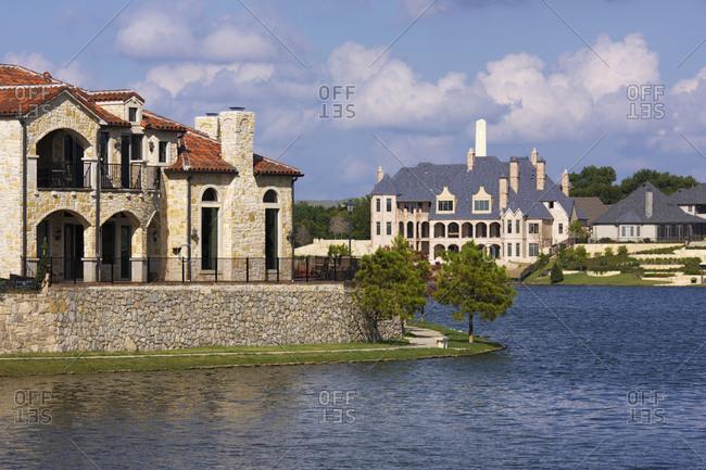 Lakeside Luxury Homes