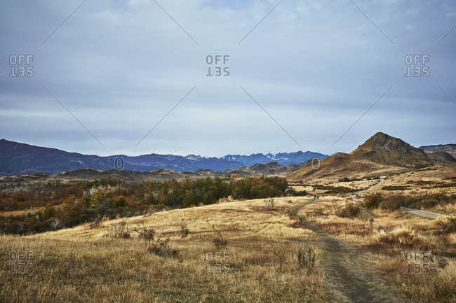 Chile- Valle Chacabuco- Parque Nacional Patagonia- steppe landscape with people hiking in background