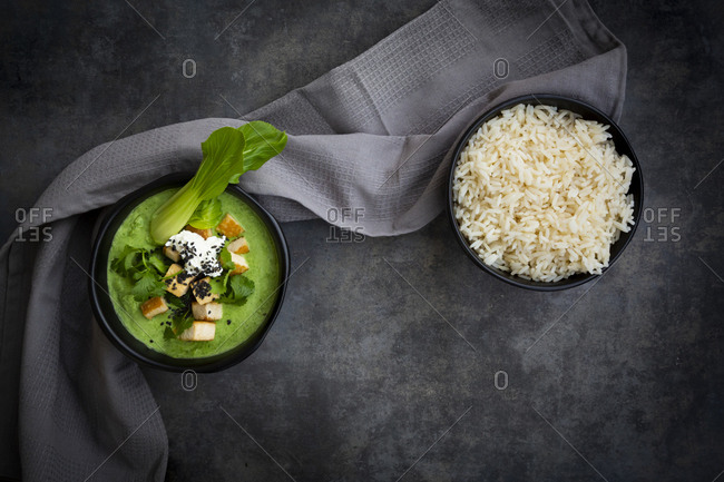 Green thai curry with spinach- pak choi- tofu- sour cream- black sesame and jasmine rice
