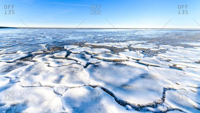 Germany- Lower Saxony- Butjadingen- North Sea- ice floes in winter