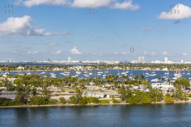 USA- Florida- Miami- yacht pier with celebrity houses in background