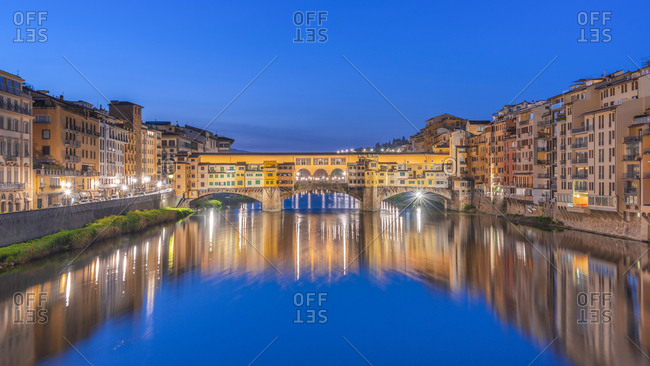Italy- Tuscany- Florence- Ponte Vecchio at blue hour