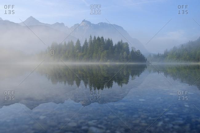 Germany- Bavaria- Werdenfelser Land- Isar dam Kruen- morning fog