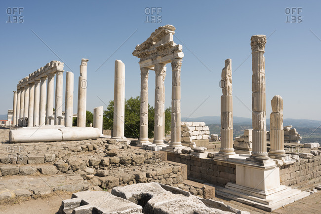 Turkey- Bergama- Acropolis- temple- Trajaneum