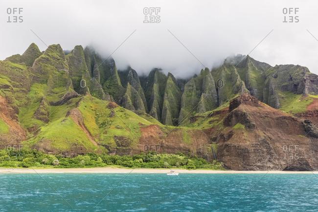 USA- Hawaii- Kauai- Na Pali Coast State Wilderness Park- Na Pali Coast- Kalalau Beach